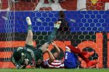 Чех может оказаться вне футбола почти на три месяца