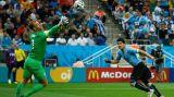 Суарес переиграл Англию