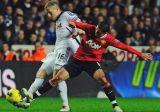 Суонси сенсационно обыгрывает Манчестер Юнайтед