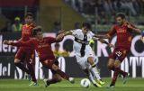 Рома одержала волевую победу над Пармой