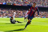 Барселона уничтожила Райо Вальекано и вышла в лидеры чемпионата