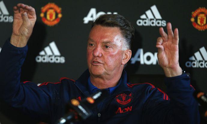 Ван Гал уволен из Манчестер Юнайтед